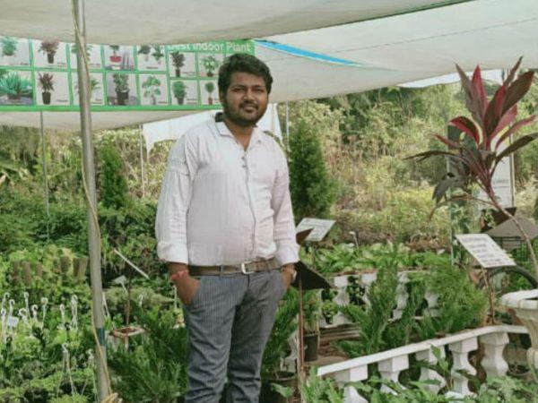 राजस्थान के उदयपुर के रहने वाले आकाशदीप नर्सरी का बिजनेस करते हैं। - Dainik Bhaskar