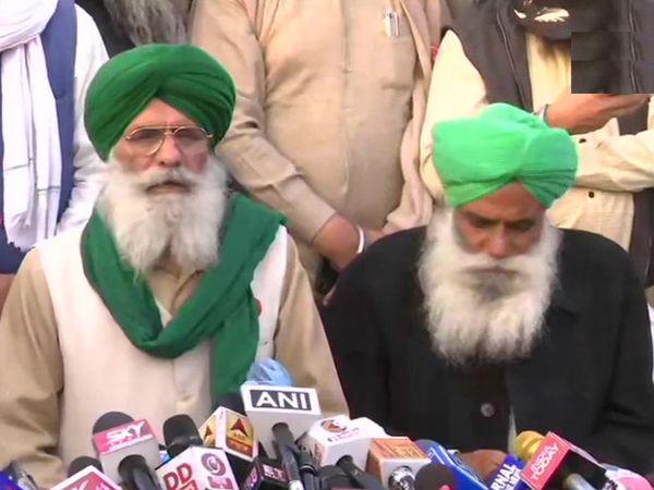 रविवार की मीटिंग के बाद मीडिया को फैसलों की जानकारी देते हुए किसान संगठनों के नेता।