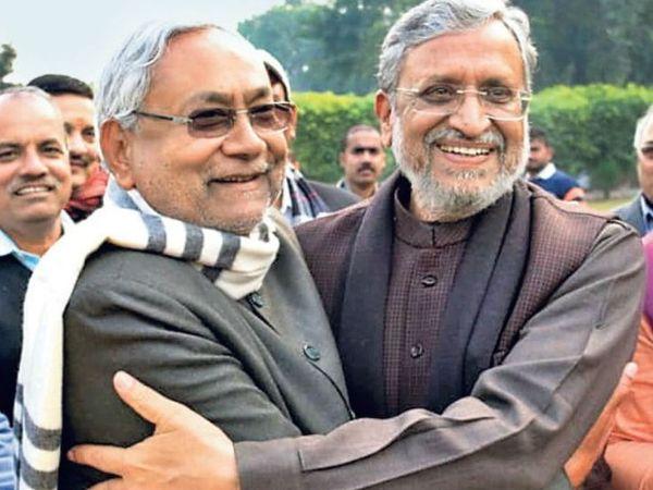 सुशील मोदी हमेशा से नीतीश के करीबी रहे हैं। माना जा रहा है कि भाजपा ने इस बार उन्हें नीतीश की पसंद के खिलाफ केंद्र भेजा है। - फाइल फोटो - Dainik Bhaskar