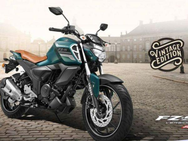 नए विंटेज एडिशन में अलग-अलग कामों के लिए यामाहा मोटरसाइकिल कनेक्ट एक्स एप्लीकेशन के साथ ब्लूटूथ कनेक्टिविटी की सुविधा भी होगी। - Dainik Bhaskar