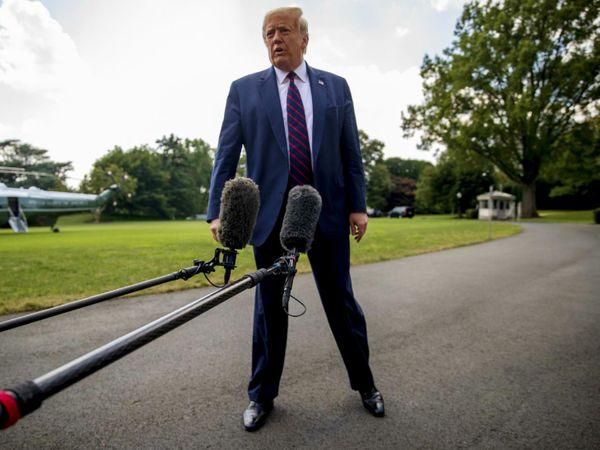 अमेरिकी राष्ट्रपति डोनाल्ड ट्रम्प लगातार यह दावा कर रहे हैं कि चुनाव में धांधली हुई। पहली बार जस्टिस डिपार्टमेंट ने उनके व्यापक धांधली के आरोपों को खारिज किया है। (फाइल) - Dainik Bhaskar
