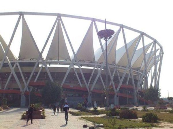 दिल्ली के जवाहर लाल नेहरु स्टेडियम में पैरा एथलीटों का नेशनल कैंप चल रहा है। (फाइल फोटो) - Dainik Bhaskar