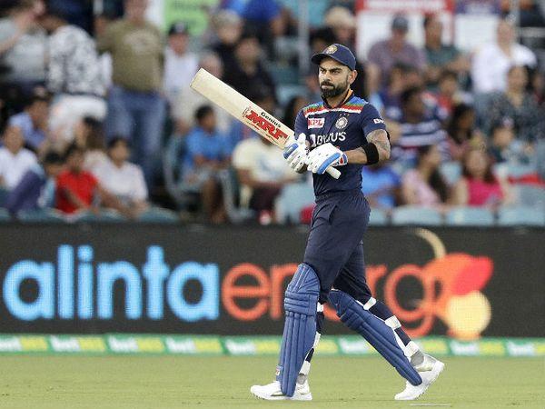 भारतीय कप्तान विराट कोहली का खराब फॉर्म जारी है। वे 9 रन बनाकर आउट हुए। करियर का दूसरा मैच खेल रहे मिचेल स्वेप्सन ने उन्हें पवेलियन भेजा।