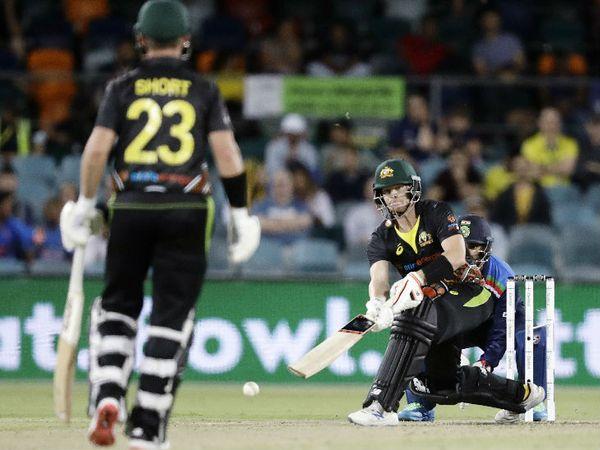 स्मिथ ने पिछली वनडे सीरीज में भारत के खिलाफ 2 शतक लगाए थे। इस टी-20 में उन्हें 12 रन पर युजवेंद्र चहल ने सैमसन के हाथों कैच आउट कराया।