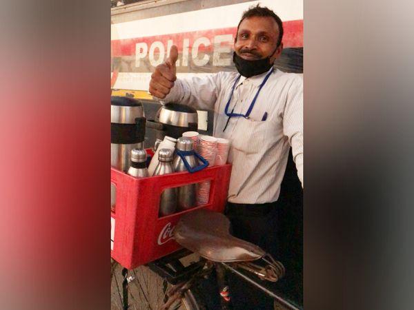 महेंद्र कहते हैं कि लोगों को दिख रहा है कि मैं चाय बेच रहा हूं, लेकिन मुझे लगता है कि मैं वर्ल्ड क्लास बिजनेस कर रहा हूं।