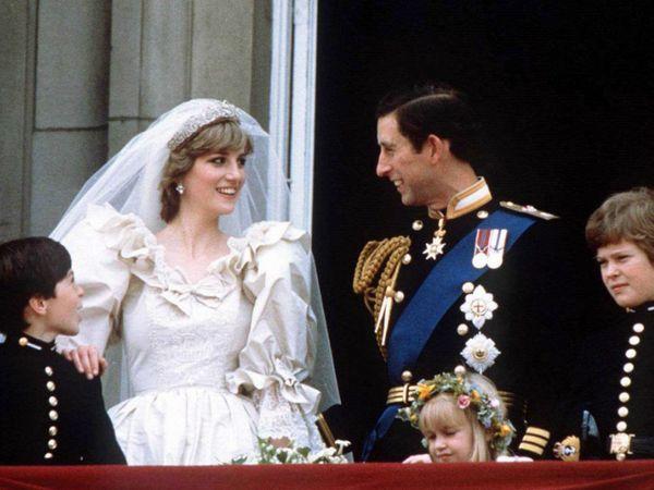प्रिंस चार्ल्स और डायना की शादी को दुनियाभर में 1 अरब से ज्यादा लोगों ने देखा था।
