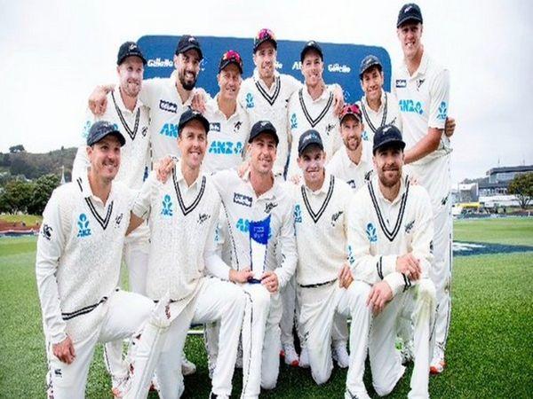 न्यूजीलैंड की टीम ने मेहमान टीम वेस्टइंडीज के खिलाफ तीन टी-20 मैच सीरज के जीतने के बाद दो टेस्ट मैचों की सीरीज को भी 2-0 से जीता। - Dainik Bhaskar