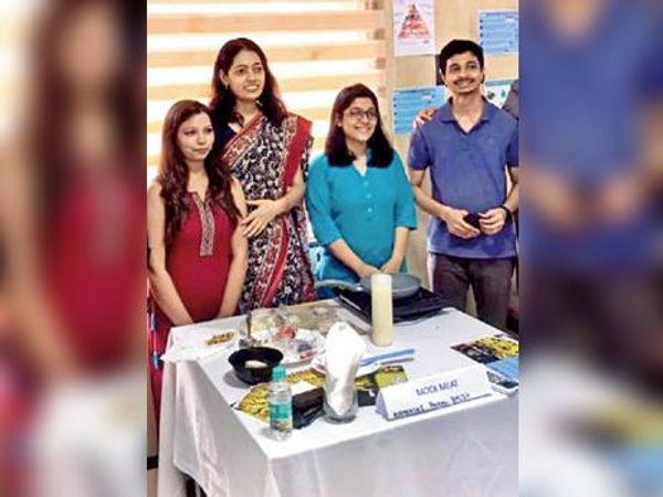 दिल्ली IIT की प्रोफेसर काव्या और उनकी टीम ने वेज मीट और मछली तैयार की है। काव्या को UN से अवॉर्ड भी मिल चुका है। - Dainik Bhaskar