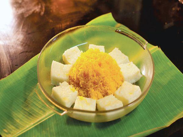 अंडे की ज़र्दी से बनाई जाने वाली मिठाई मुट्टमाला