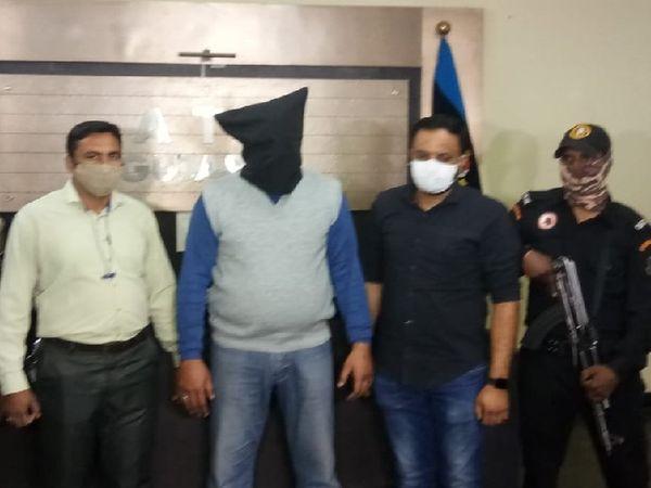 गुजरात ATS टीम को गुप्त सूचना मिली थी कि अब्दुल मजिद झारखंड के जमशेदपुर में छिपा हुआ है। - Dainik Bhaskar
