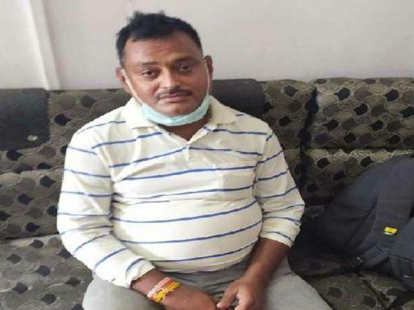 गैंगस्टर विकास दुबे के भाई  दीपक दुबे को 14 दिनों की न्यायिक हिरासत में भेजा गया है। न्यायिक हिरासत खत्म होने के बाद चौबेपुर पुलिस रिमांड पर लेगी। - Dainik Bhaskar