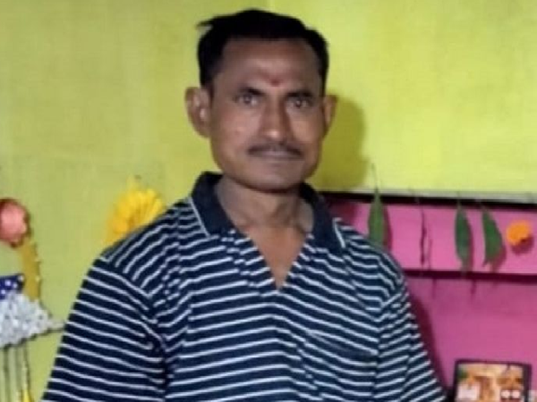 तस्वीर चेतन मंडल की है। रायपुर में हुए सड़क हादसे में इनकी मौत हो गई। इस घटना की जांच पुलिस कर रही है। - Dainik Bhaskar