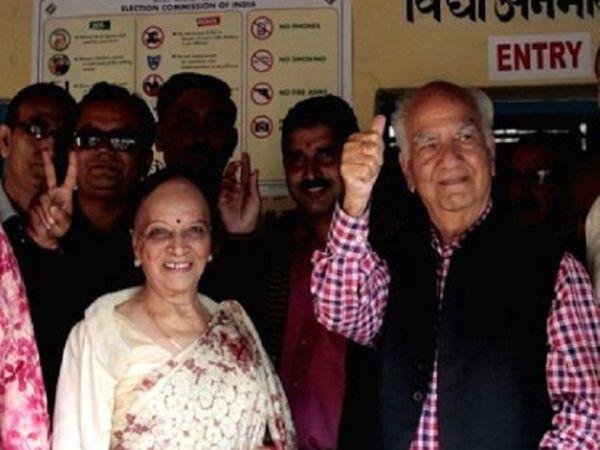 प्रधानमंत्री नरेंद्र मोदी ने भी रविवार को फोन पर शांता कुमार और उनके परिवार का हाल जाना था। - Dainik Bhaskar