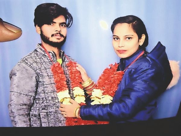 नीरज और कोमल (फाइल फोटो) - Dainik Bhaskar