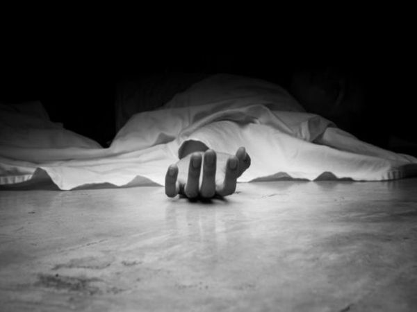 दिनभर के काम के बाद कमरे पर आकर खाना बनाने लगा, लेकिन उसे मौत मिली। - फाइल फोटो - Dainik Bhaskar