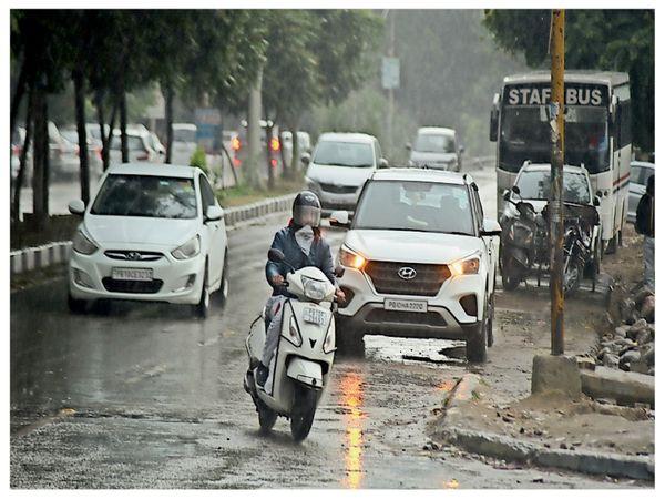लुधियाना में बारिश के बाद अधिकतम तापमान 23° और न्यूनतम 12° रिकॉर्ड किया गया।