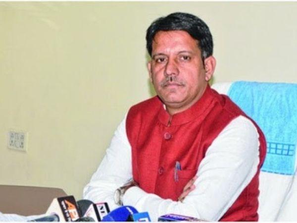 पूर्व मंत्री रंधीर सिंह ने कहा कि सरकार धान की खरीदारी में भी पूरी तरह फेल रही है- फाइल फोटो। - Dainik Bhaskar