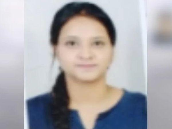 सुसाइड करने वाली लड़की सुरभि, दो दिन पहले ही अपने घर से हॉस्टल में आई थी। - Dainik Bhaskar