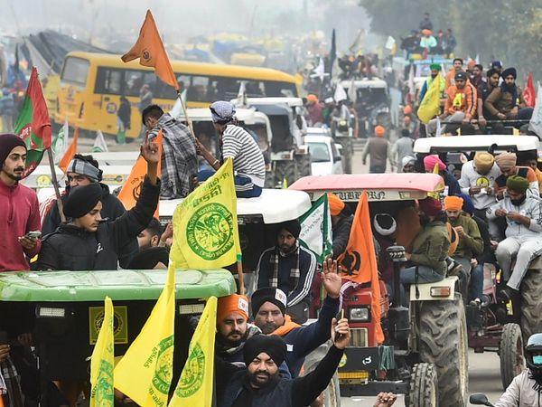 कृषि कानूनों का विरोध कर रहे किसानों ने दिल्ली के चारों तरफ ट्रैक्टर मार्च निकाला। फोटो ईस्टर्न पेरिफेरल एक्सप्रेस-वे की है।