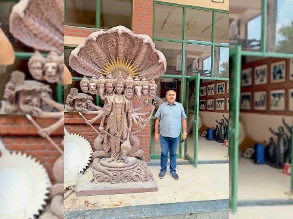 कुरुक्षेत्र। दिल्ली में मूर्तिकार राम सुतार ने इस डिजाइन का तैयार किया विराट स्वरूप। - Dainik Bhaskar