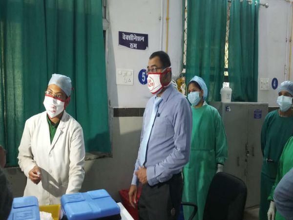 वैक्सीनेशन की पूरी तैयारी हो चुकी है, ड्राई रन में सामने आई खामियों को दूर करने की प्रक्रिया चल रही है। - Dainik Bhaskar