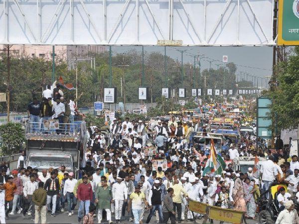 किसान रैली में आए किसानों की भीड़ - Dainik Bhaskar