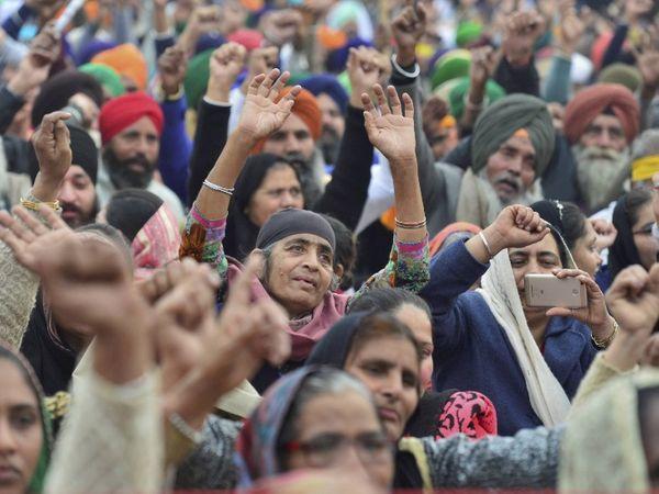 कृषि कानूनों के खिलाफ किसान 55 दिन से आंदोलन कर रहे हैं। उनका कहना है कि कमेटी के सामने नहीं जाएंगे, सरकार को कानून वापस लेने चाहिए। फोटो सिंघु बॉर्डर की है। - Dainik Bhaskar