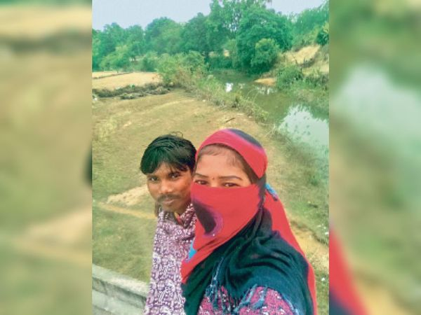 मर्डर से कुछ मिनट पहले घूमने के दौरान युवती ने आरोपी के साथ ऐसे ली थी सेल्फी। - Dainik Bhaskar