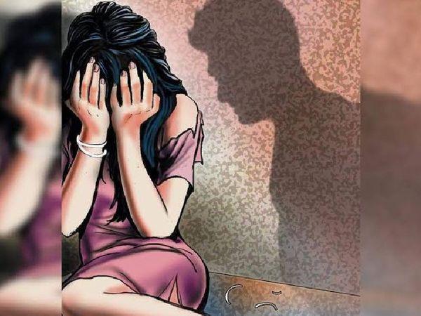 बैरसिया पुलिस ने महिला की शिकायत पर उसके देवर पर ज्यादती समेत अन्य धाराओं में मामला दर्ज किया है। - प्रतीकात्मक फोटो - Dainik Bhaskar
