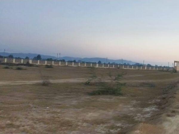 यह जमीन सैनिक स्कूल को आवंटित होगी। फिलहाल ब्रिक्स के नाम से आरक्षित है। - Dainik Bhaskar