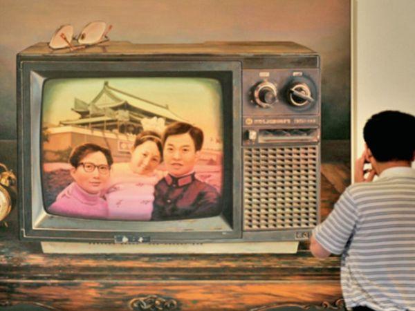चीन के नागरिक मामलों के मंत्रालय के मुताबिक, 2019 में 1,000 लोगों में से औसतन 6.6 लोगों ने ही शादी की। यह संख्या 14 साल में सबसे कम रही। (सिम्बोलिक फोटो) - Dainik Bhaskar