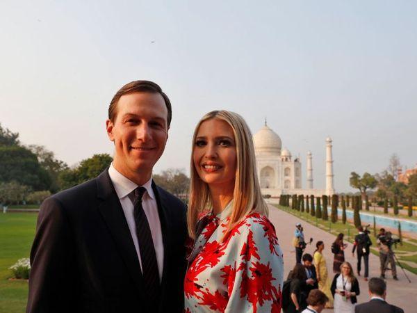 इवांका, ट्रम्प की पहली पत्नी इवाना की संतान हैं। इवांका के पति 40 वर्षीय जैरेड कुशनर यहूदी हैं। वे इन्वेस्टमेंट, रियल एस्टेट, और अखबार का अपना पारिवारिक बिजनेस संभालते हैं। (फाइल फोटो) - Dainik Bhaskar