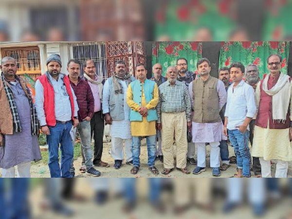 भगतपुर में आयोजित भाजपा का दो दिवसीय प्रशिक्षण शिविर में शामिल पार्टी नेता। - Dainik Bhaskar