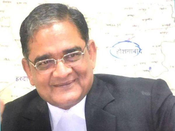 एमपी स्टेट बार एसोसिएशन के वर्तमान अध्यक्ष डॉक्टर विजय चौधरी।