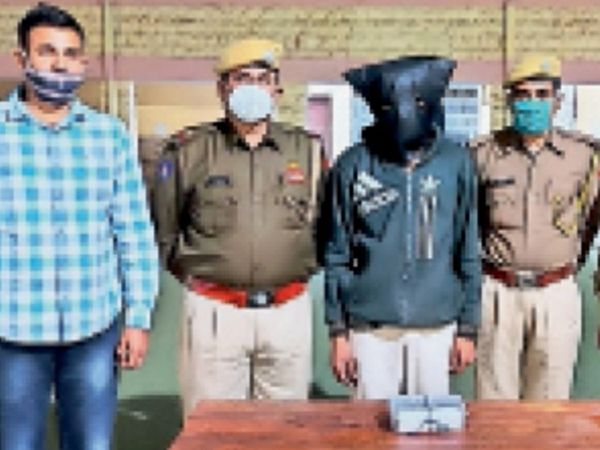 पुलिस ने व्यापारी को लूटने का प्रयास करने के मामले में बाड़मेर के गणेशराम को गिरफ्तार किया। - Dainik Bhaskar