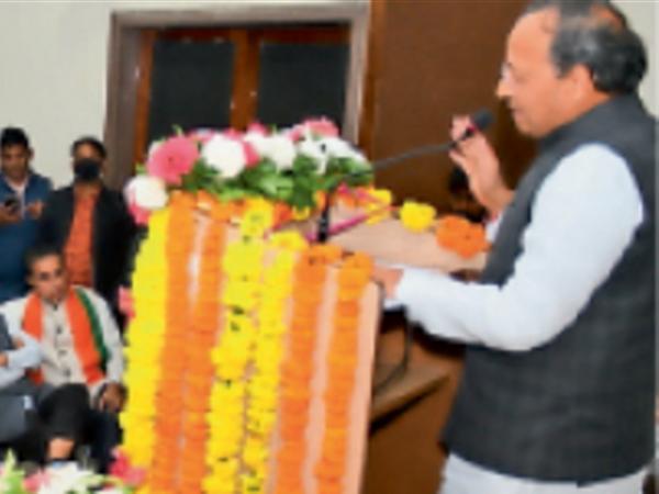प्रदेश प्रभारी अरुणसिंह ने देश की मौजूदा स्थिति पर अपने विचार व्यक्त किए। - Dainik Bhaskar