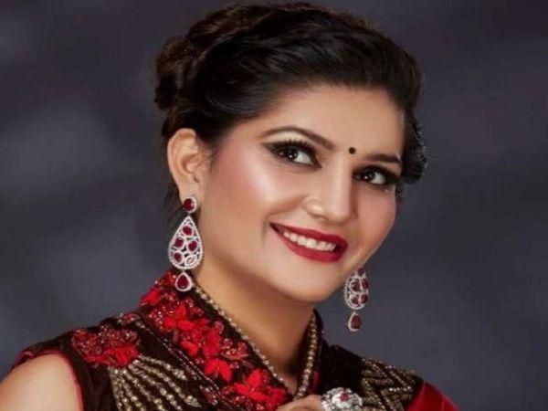 पिछले साल जनवरी में अचानक शादी कर सभी को चौंकाने वाली सपना चौधरी पहले भी कई बार विवादों में रह चुकी हैं। - Dainik Bhaskar