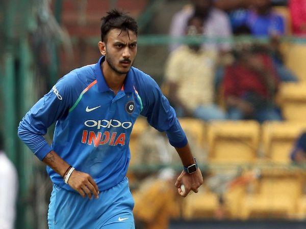 चेन्नई में खेले गए पहले टेस्ट में अक्षर पटेल चोट की वजह से नहीं खेल पाए थे। हालांकि वह अब चोट से उबर गए हैं और दूसरे टेस्ट में खेल सकते हैं। - Dainik Bhaskar