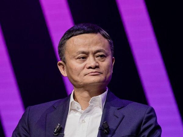 24 अक्टूबर 2020 को एक मीटिंग में चीनी सरकार की आलोचना करने के बाद से जैक मा अचानक गायब हो गए थे।  (फाइल फोटो) - Dainik Bhaskar