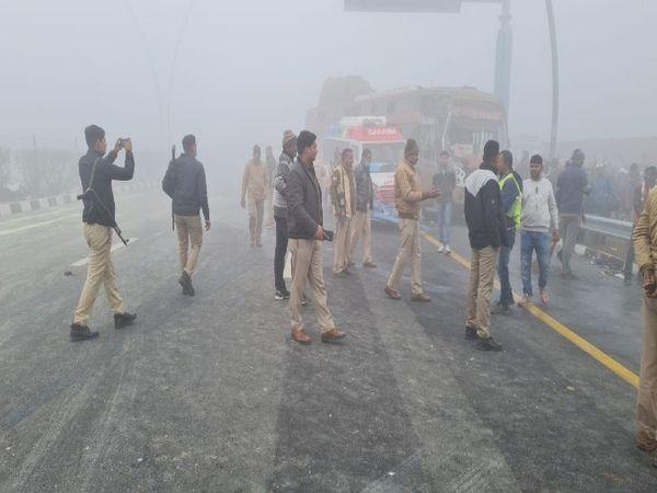 थाना सिरसागंज क्षेत्र के कठफोरी के पास हुआ हादसा। - Dainik Bhaskar
