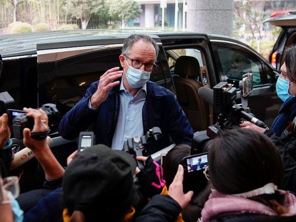 WHO की टीम जांच के लिए वुहान के हुनान मार्केट गई थी। 12 दिनों की जांच के बाद टीम ने लैब से वायरस के लीक होने की थ्योरी को खारिज कर दिया था। - Dainik Bhaskar