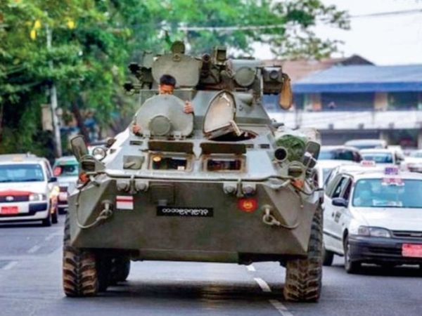 12 देशों ने अपील की कि म्यांमार के सुरक्षाबल  सशस्त्र कार्रवाई से परहेज करें। - Dainik Bhaskar