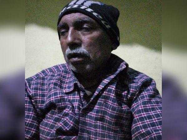 हादसे के बाद सुरेश गुप्ता किसी तरह बस से बाहर निकलने में कामयाब हो गए। सुरेश बिजली विभाग से रिटायर्ड हैं। उनके बेटे अनिल की तीन साल पहले ही शादी हुई थी।