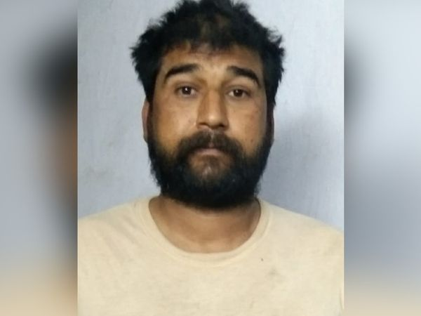 पुलिस ने चंद सिंह उर्फ बब्बू को गिरफ्तार किया है। - Dainik Bhaskar