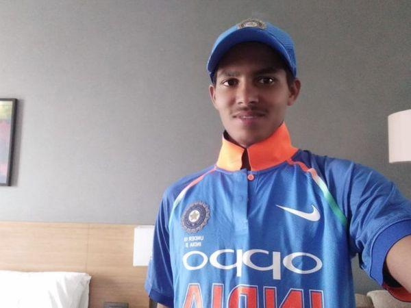 आकाश सिंह पिछले साल भी राजस्थान रॉयल्स की ओर से खेल चुके हैं। - Dainik Bhaskar
