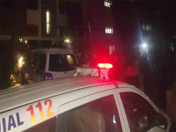 रविवार रात का महिला प्रेसिडेंट के घर पर गोली चलने के बाद पहुंची थी पुलिस। फाइल फोटो - Dainik Bhaskar