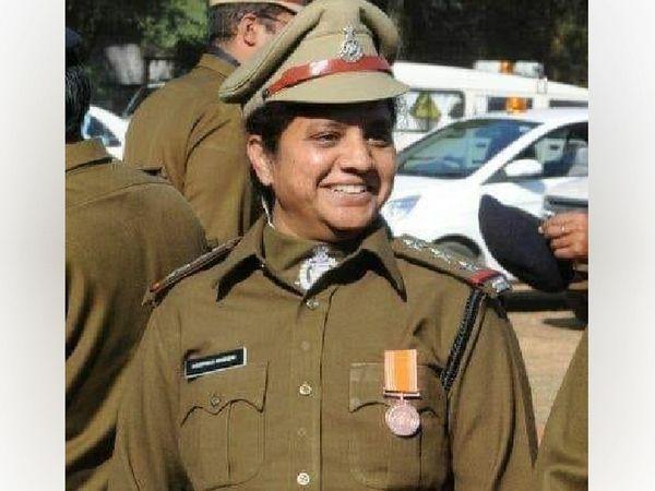 उत्कृष्ट पुलिस सेवा पदक से सम्मानित उज्जैन STF इंस्पेक्टर दीपिका शिंदे - Dainik Bhaskar