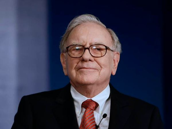 इिक्वटी के मामले में दुनिया के सबसे सफल निवेशक माने जाते हैं वॉरेन बफेट। - Dainik Bhaskar