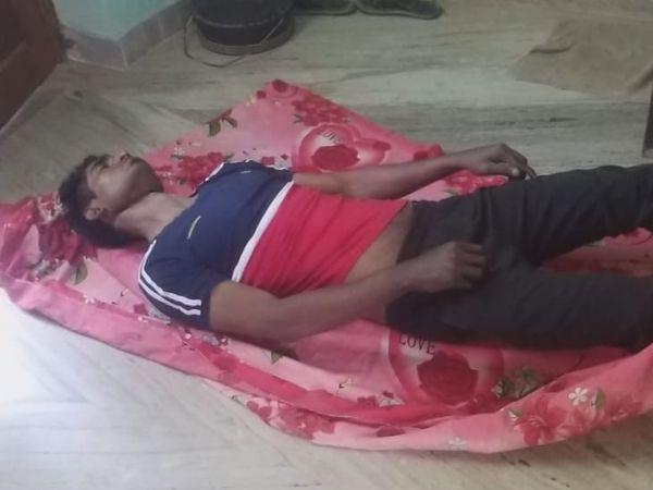 कुम्हारवाड़ा क्षेत्र के रहने वाले एक युवक ने फांसी का फंदा लगाकर आत्महत्या कर ली। - Dainik Bhaskar