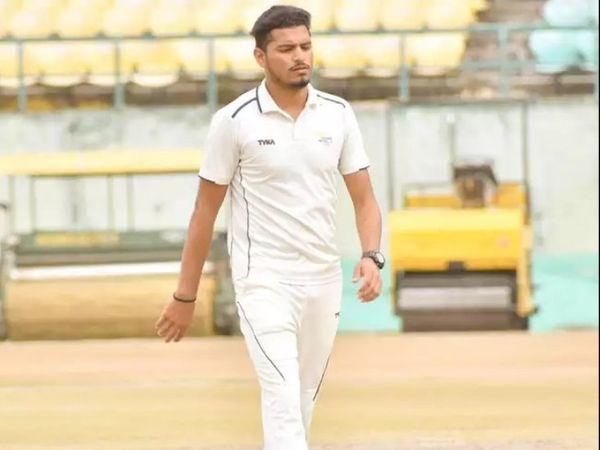 वैभव ने 9 दिसंबर 2019 को प्रथम श्रेणी क्रिकेट में डेब्यू किया था। - Dainik Bhaskar